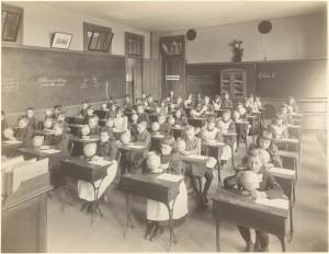 Een klasopstelling uit 1892... of uit 2015?